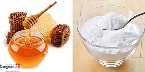 cách làm môi mỏng bằng mật ong 4